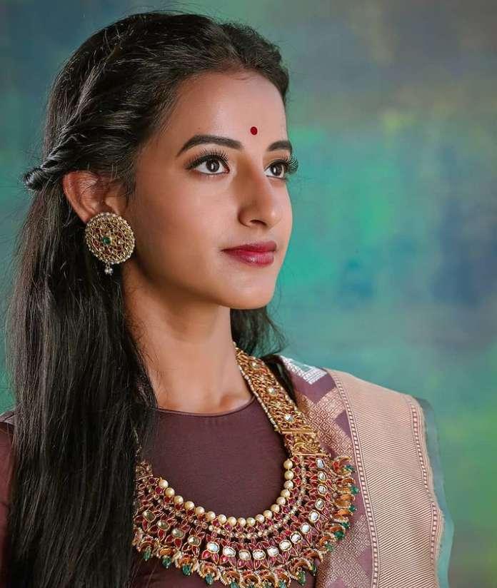 Apoorva Srinivasan photo