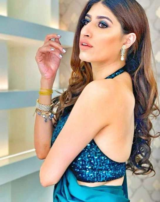 Shreya Mehta wiki Biography Height Net Worth images