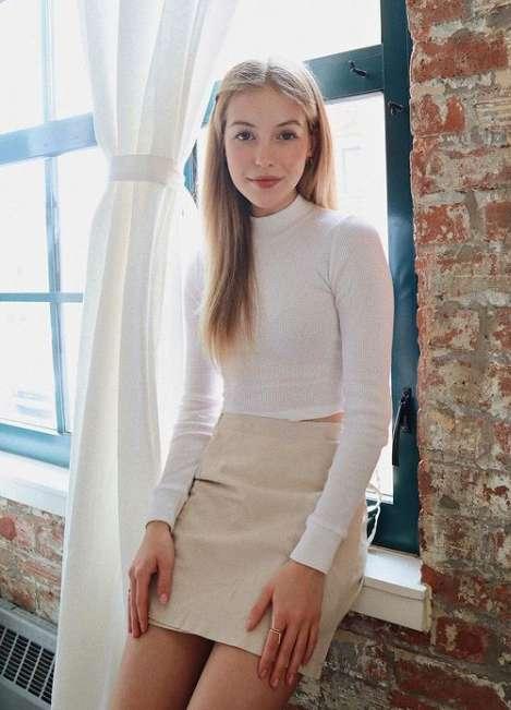 Gabby Thomas image