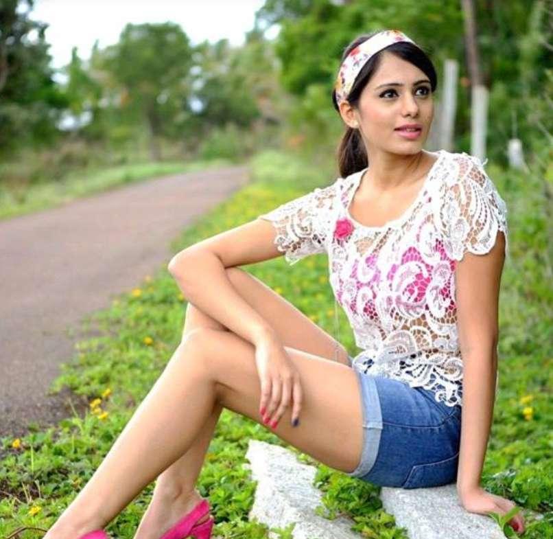Deepa Sannidhi photo