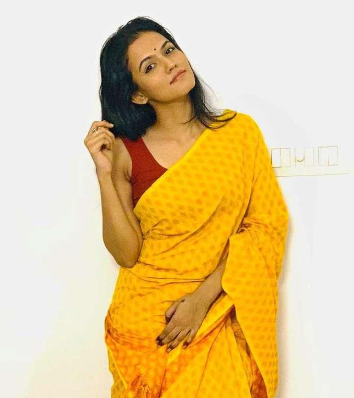 Aparna Das photos