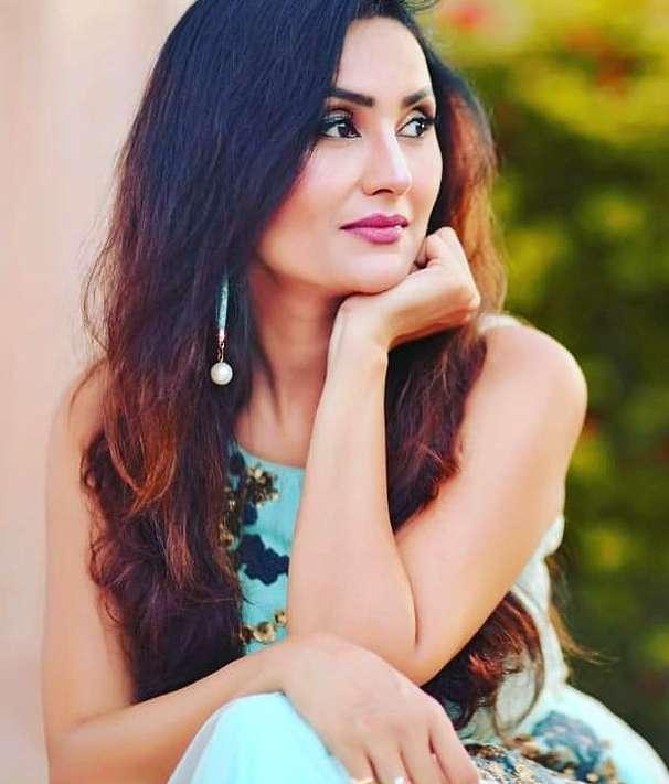 Sapna Sikarwar wiki Biography DOB Height Net Worth images
