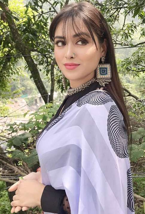 Manisha Rawat photo