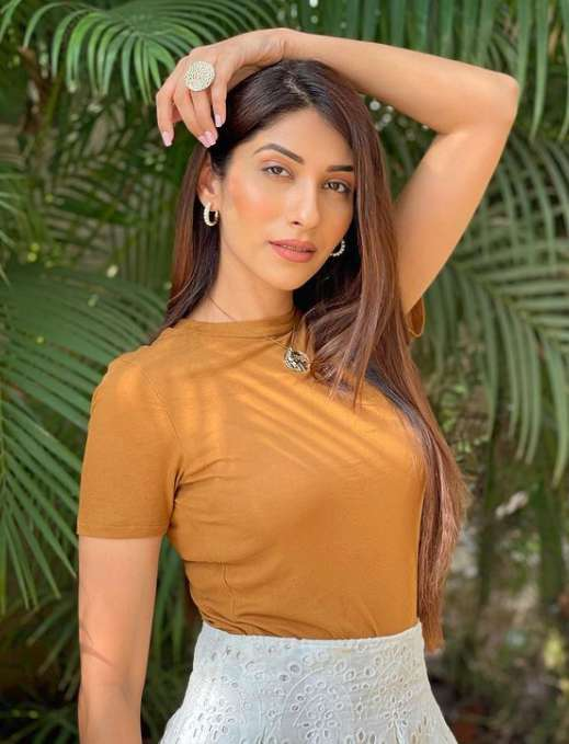 Elakshi Gupta images