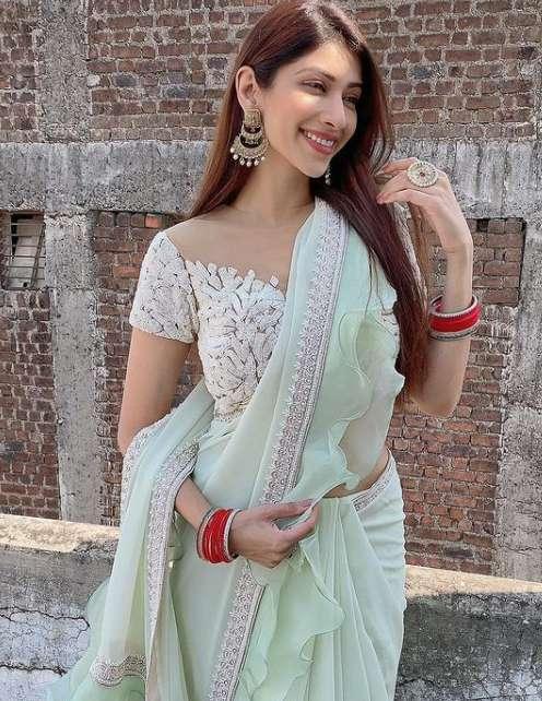 Elakshi Gupta new pics