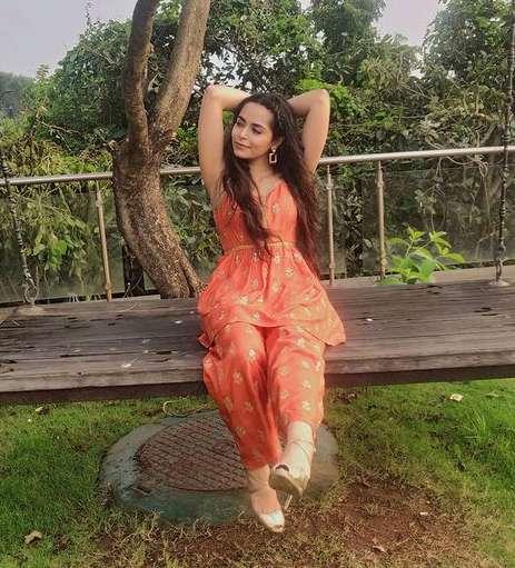 Anubha Arora photo
