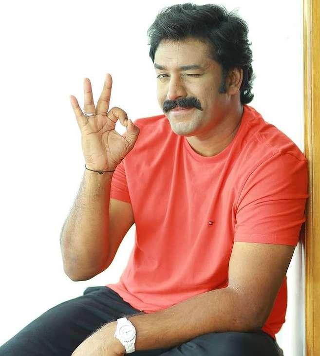 Shanavas Shanu photos