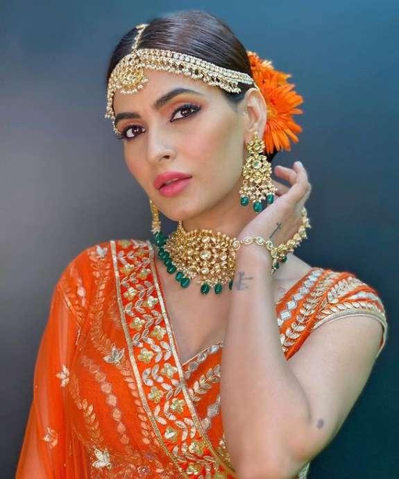 Karishma Sharma wiki Biography Height Net Worth images