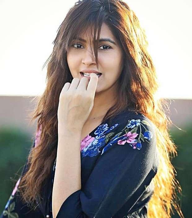 Sangeeta Chauhan photos