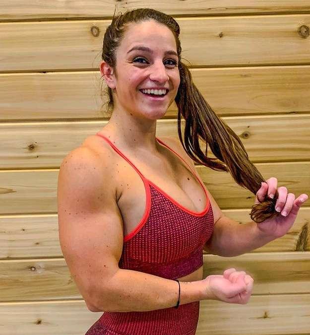 Instagram star Vanessa Salazar wiki Biography Height Net Worth images