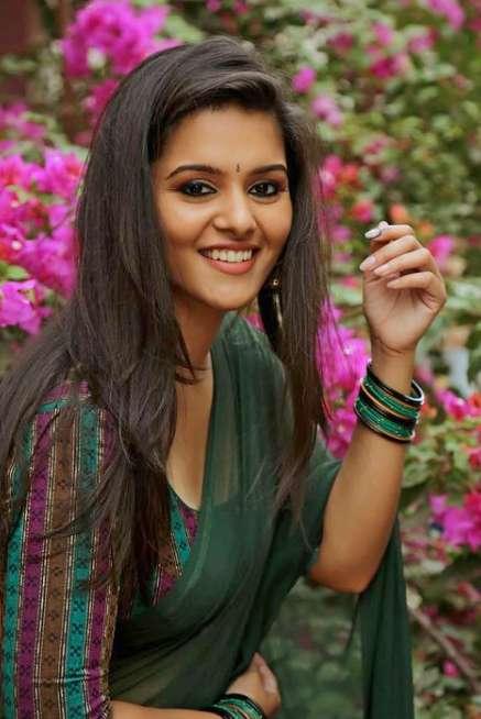 Swathishta Krishnan photos