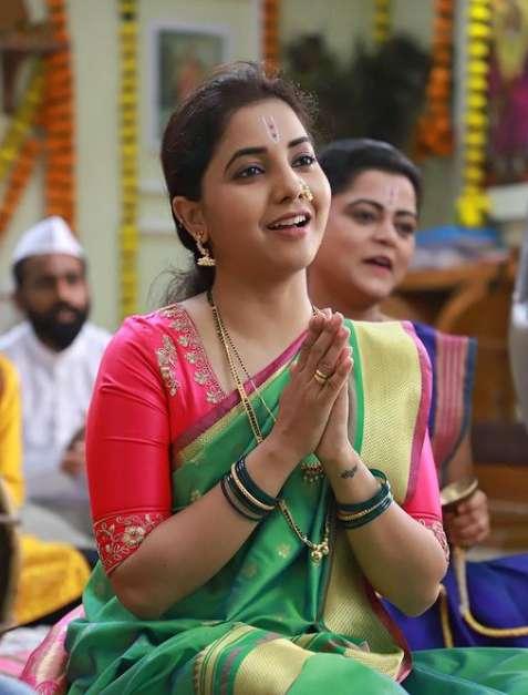 Sayali Sanjeev image