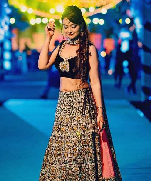 Bhoomika Mirchandani wiki Biography Height Net Worth images