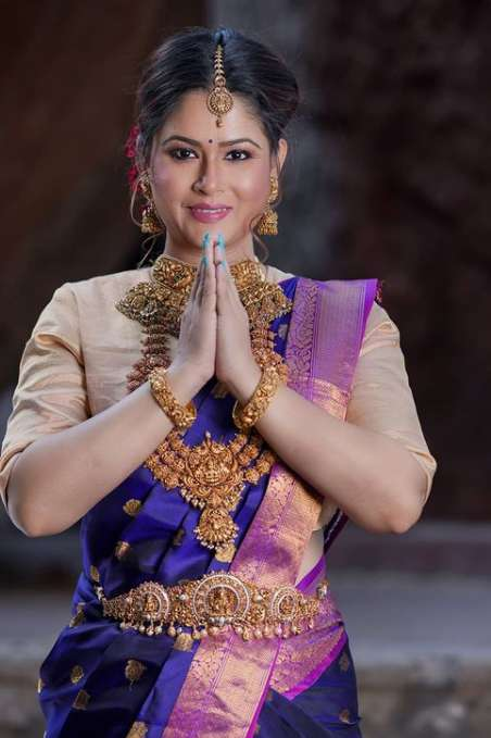 Shilpa Chakravarthy wiki Biography Height Net Worth images