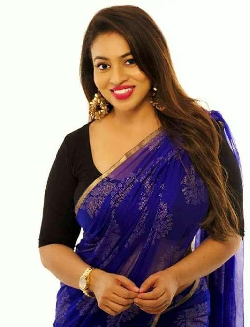 Singer Sunitha Sarathy wiki Biography Height Net Worth images