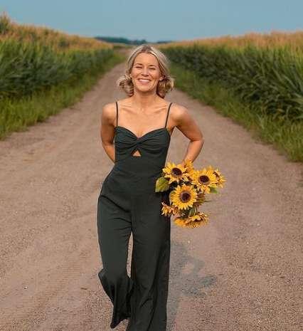 Olivia Rink image
