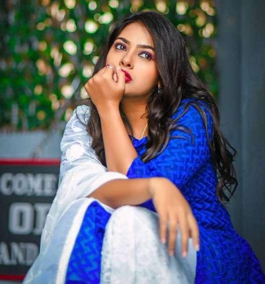 Nayana Panyam images