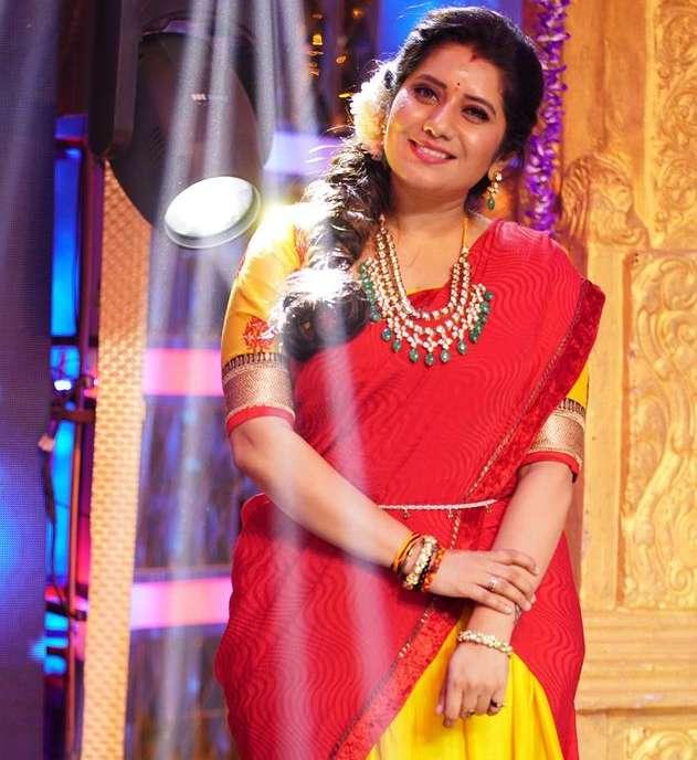 Priyanka Deshpande photo