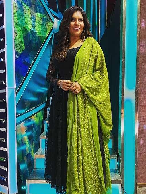 Priyanka Deshpande photos