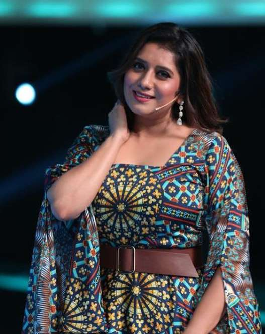 Priyanka Deshpande pic