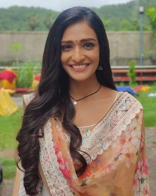 Aishwarya Khare pic