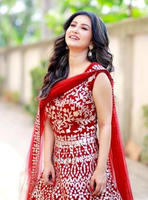 Monami Ghosh wiki Biography