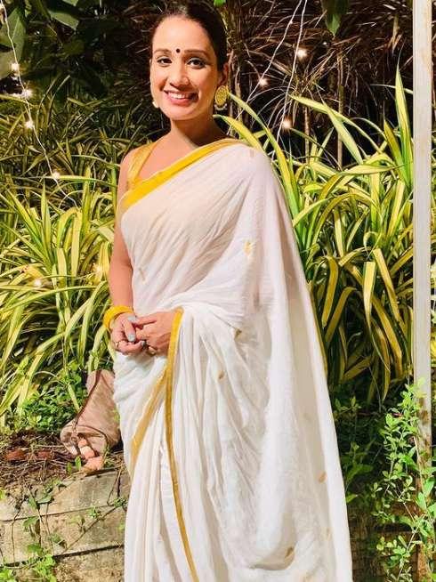 Chetna Meera images