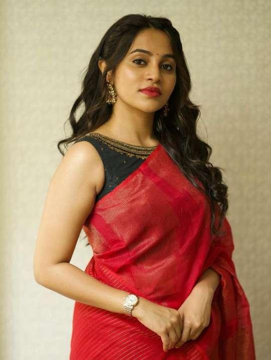 Bhavani Sre photo