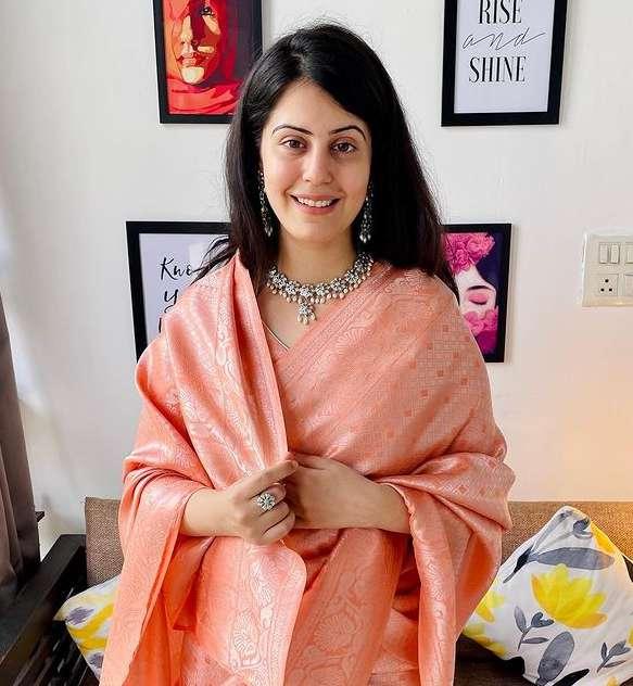 Arjun Harjai wife Divya Harjai wiki Biography Height images