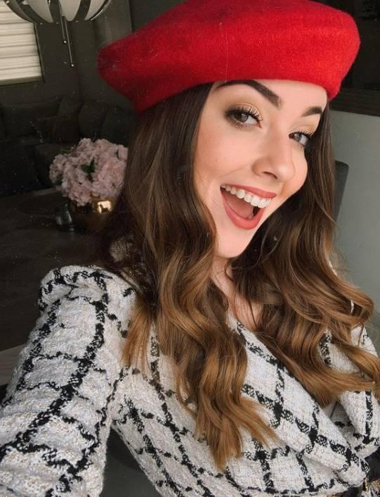 Monica Llaca de Carrillo wiki Biography Height Net Worth